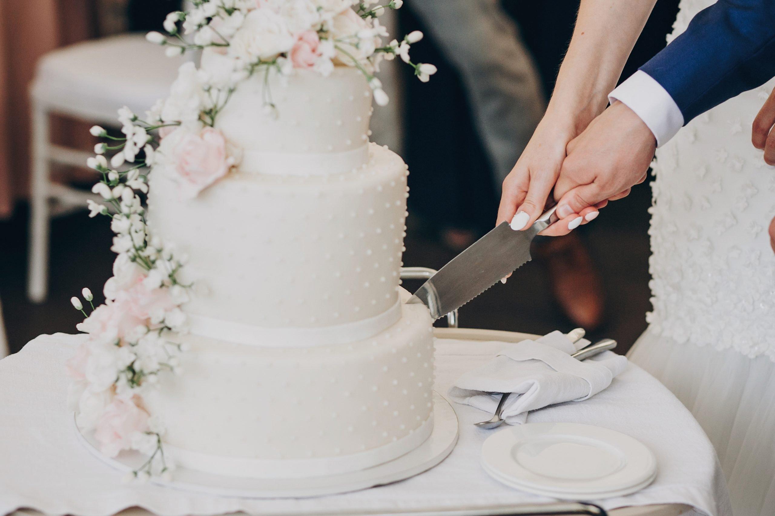 Gâteau de Mariage by Grimod