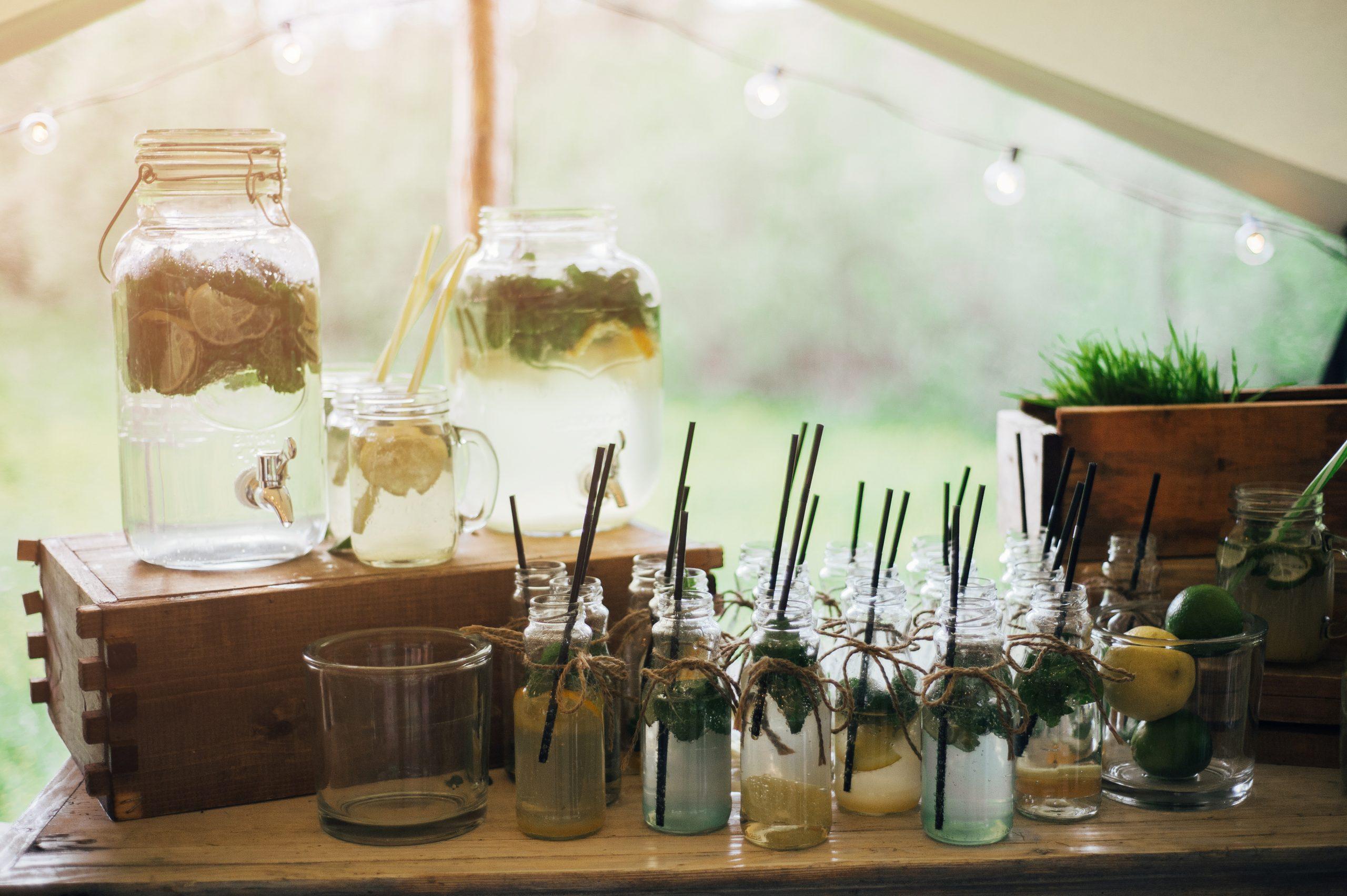 Les limonades home made sont le must lors de journée très chaudes. elles vous accompagneront durant votre réception.